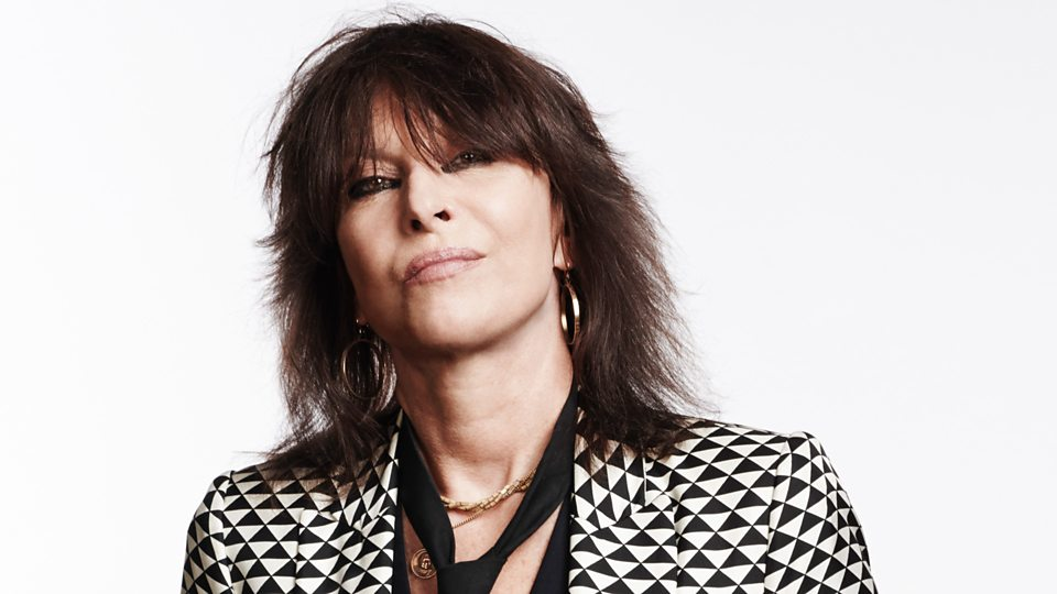 Chrissie Hynde Bio, Age, Wiki, Net Worth, Father, Relationship, Mother