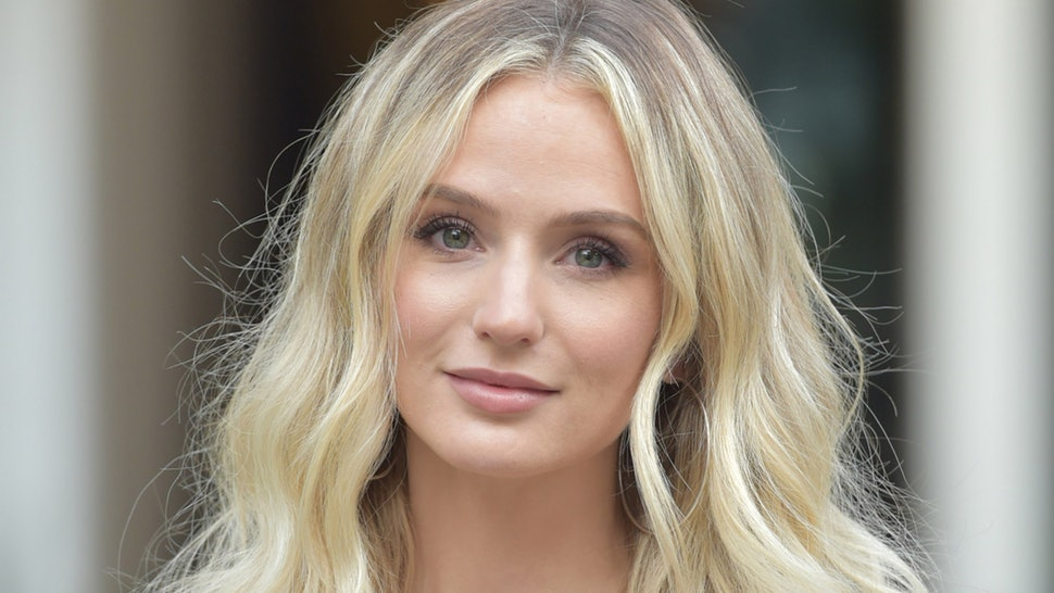 Lauren Bushnell Bio, Age, Wiki, Parents, Brothers, Engaged, Net Worth