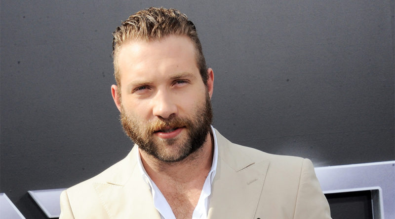 Jai Courtney Biography, Age, Parents, Siblings, Wiki, Salary, Net Worth