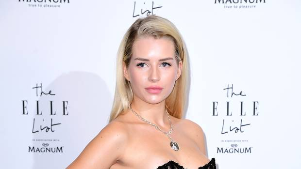 Lottie Moss Biography, Age, Wiki, Dating, Relationship, Parents, Net Worth