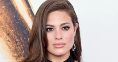 Ashley Graham Biography, Age, Wiki, Dating, Affair, Husband, Net Worth