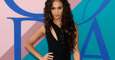 Joan Smalls Biography, Age, Parents, Wiki, Siblings, Net Worth, Dating