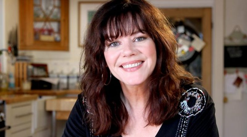 Josie Lawrence Biography, Age, Wiki, Parents, Family, Dating, Net Worth
