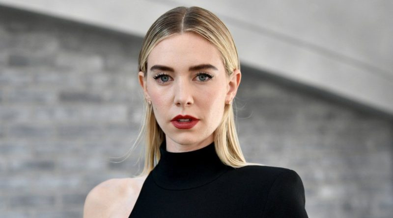 Vanessa Kirby Biography, Age, Father, Boyfriend, Dating, Net Worth, Family