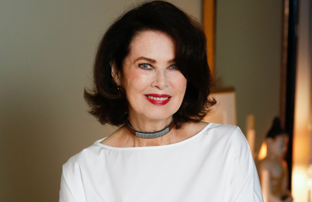 Dayle Haddon Biography, Age, Wiki, Divorced, Children, Net Worth, Husband
