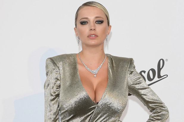 Caroline Vreeland Biography, Age, Wiki, Dating, Boyfriend, Net Worth, Relationship