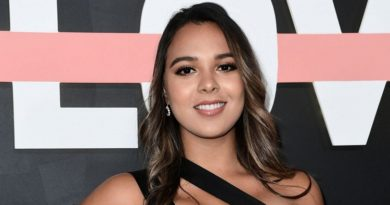 Natalies Outlet Biography, Age, Wiki, Dating, Husband, Children, Net Worth