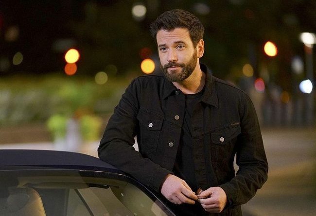 Colin Donnell Bio, Age, Net Worth, Wife, Instagram, Songs, Height