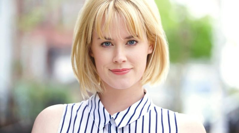 Abigail Hawk Bio, Age, Wiki, Affair, Husband, Movies, Net Worth