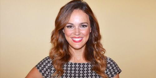 Erin Cahill Bio, Age, Wiki, Net Worth, Husband, Movies, Height