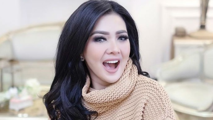 Syahrini Bio, Age, Wiki, Instagram, Net Worth, Relationship, Height