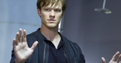 Lucas Till BIOGRAPHY